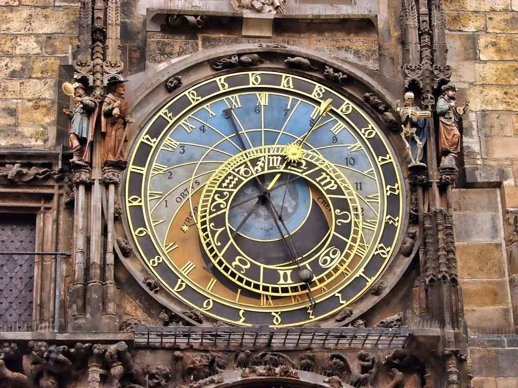 Die astronomische Uhr am Rathaus in Prag